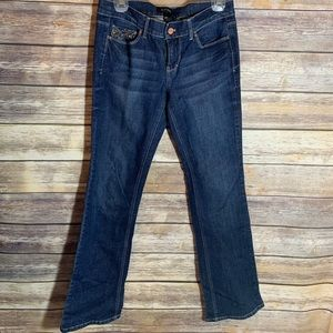 White House Black Market Boot Leg Jeans 4 x 34